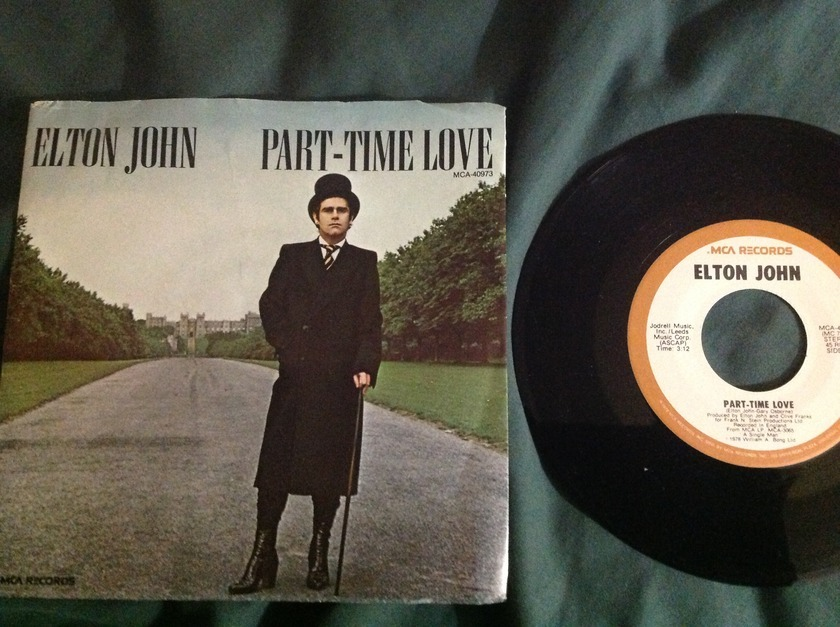 Elton John - Part Time Love 45 With Sleeve