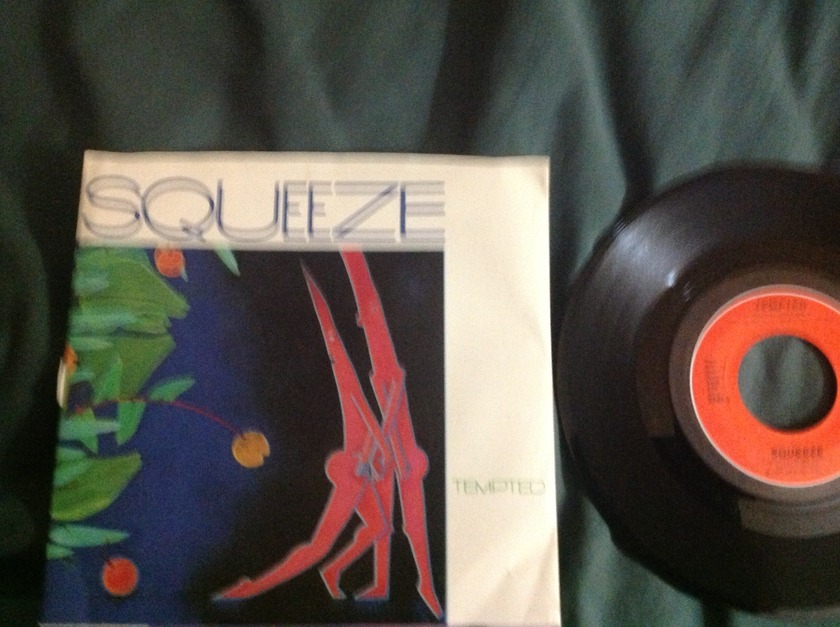 Squeeze - Tempted 45 With Sleeve