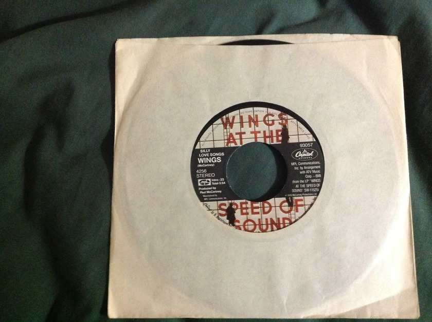 Wings - Silly Love Songs 45 NM